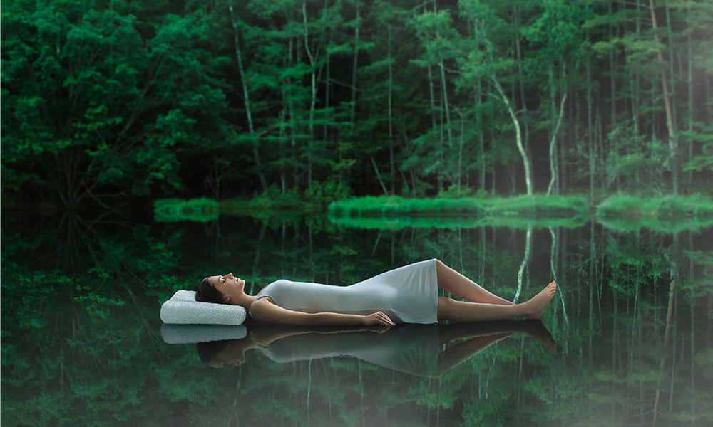ブレインスリープ社の「BRAIN SLEEP PILLOW」提携販売。お客様へ最高の睡眠を提供